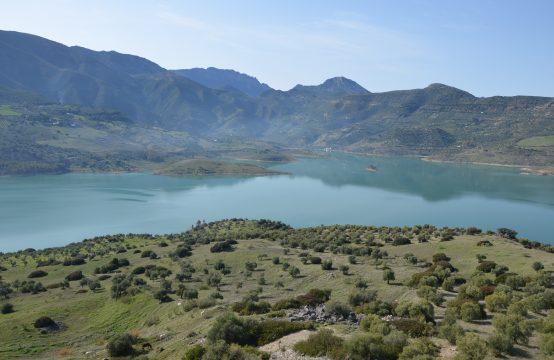 1063 Zahara lake
