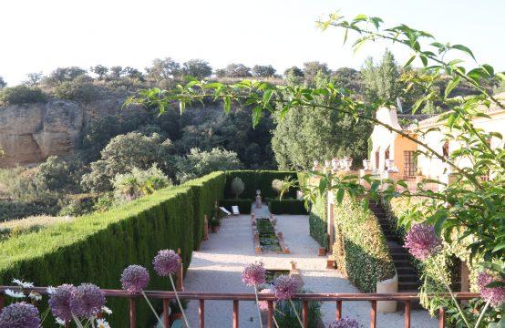 1203 Villa Acinipo